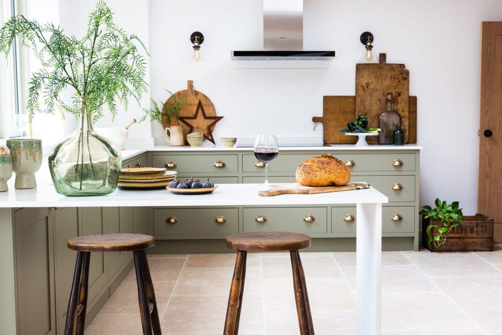 Modern in frame kitchen