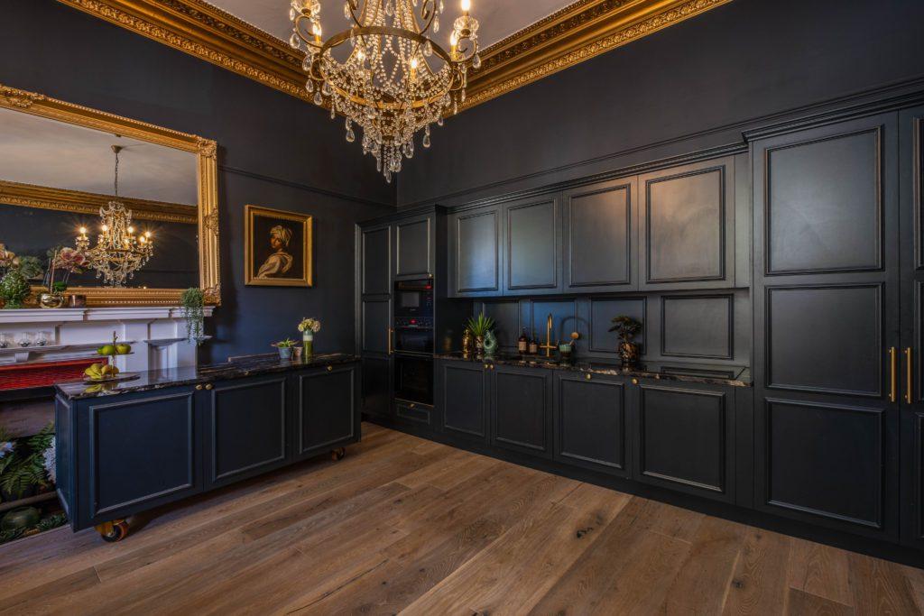 luxury kitchen, Dark panelled kitchen